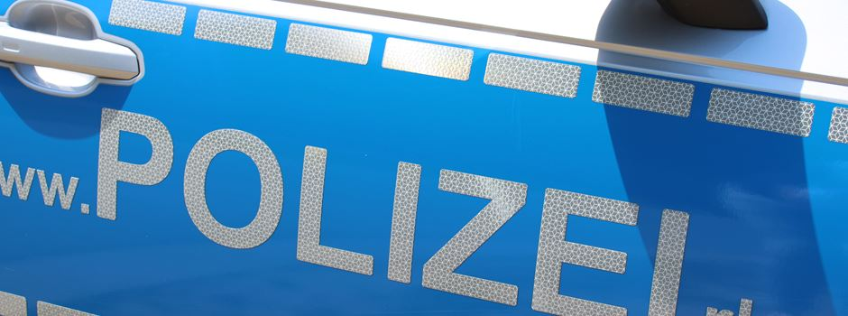 Schlägerei vor Gaststätte: Polizei sucht Täter