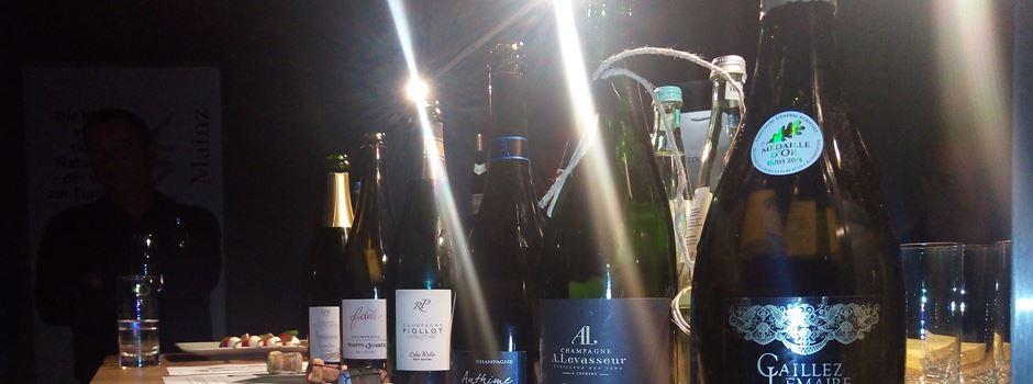 "Les bulles d´""Aux bulles"" perlen in der wineBANK Mainz"
