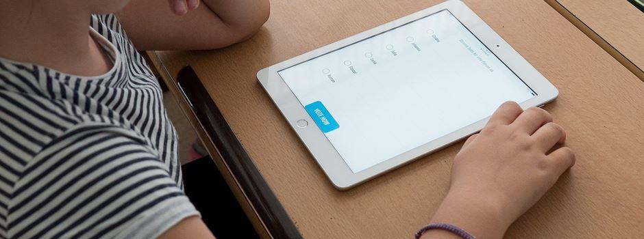 Schüler erhalten iPads
