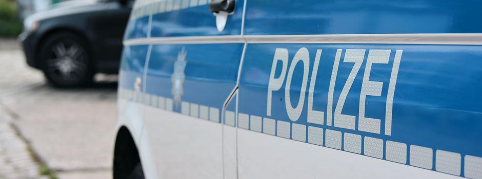 Fahrzeug in Niederkassel ausgebrannt