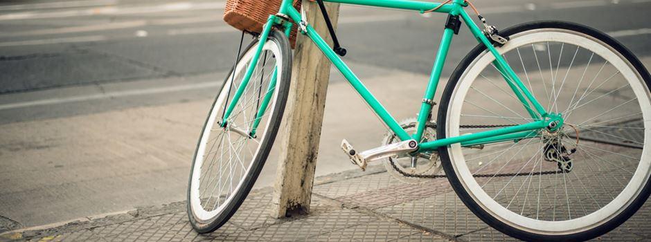 Ist es verboten, sein Fahrrad an bestimmten Orten anzuschließen?