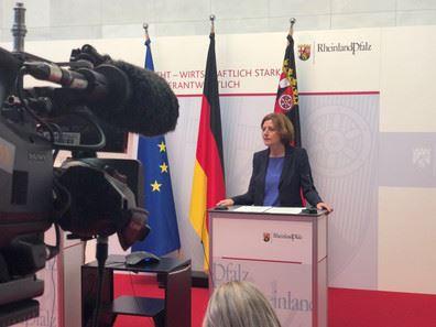 Pressekonferenz mit Ministerpräsidentin Dreyer zum aktuellen Impfstand