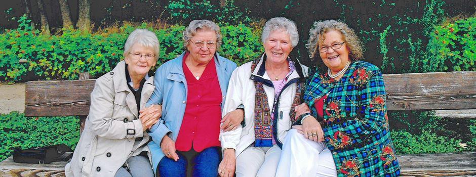 328 Lebensjahre, 77 Jahre Freundschaft