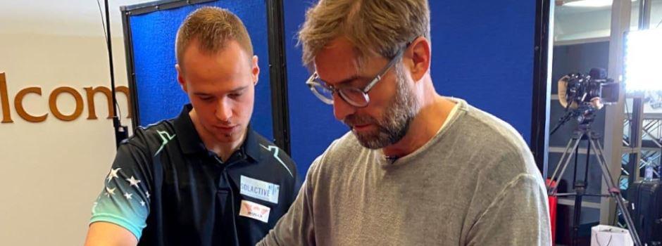 Jürgen Klopp hilft Wiesbadener Kindern
