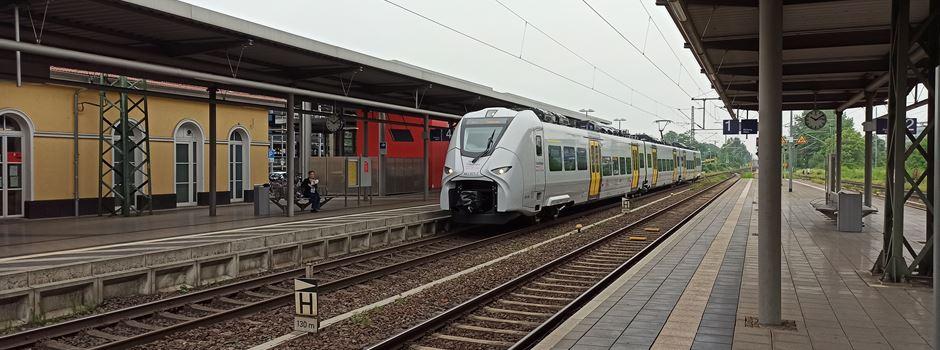 Massenschlägereien an zwei Bahnhöfen
