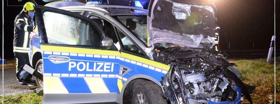 Polizeiauto verunglückt auf dem Weg zu einer Verfolgungsjagd