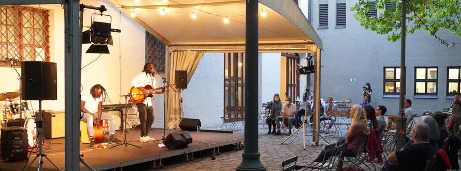 Endspurt im Brunnenhof: Diese Konzerte solltet ihr noch mitnehmen