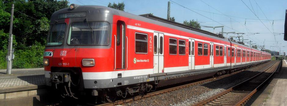 Betrunkene springen auf S-Bahn – Lokführer rettet Chaoten das Leben