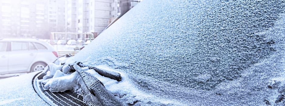 Kann man ein Knöllchen kriegen, wenn die Scheibe vereist oder zugeschneit ist?