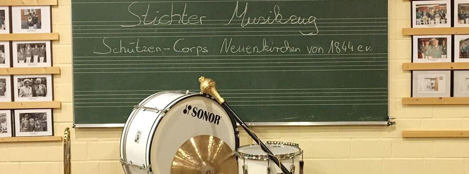 """Instrumente aus dem Schrank geholt und """"Stichter Musikzug"""" gegründet"""