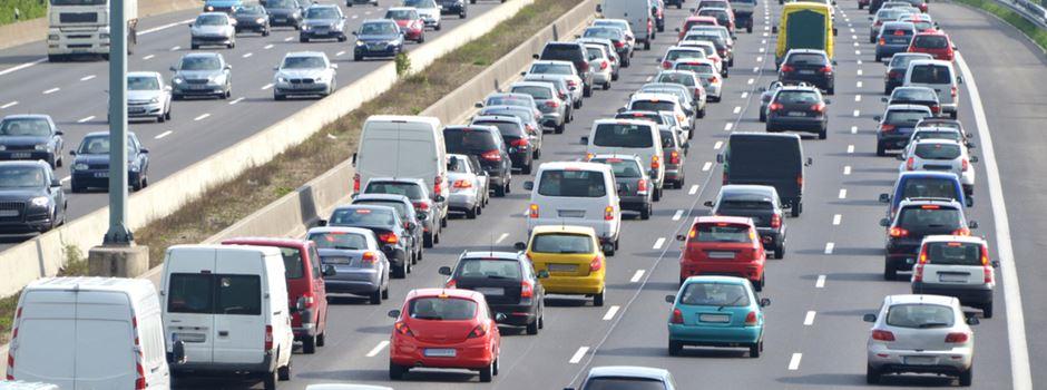 Zwei Fußgänger auf Autobahnen in der Region tödlich verletzt