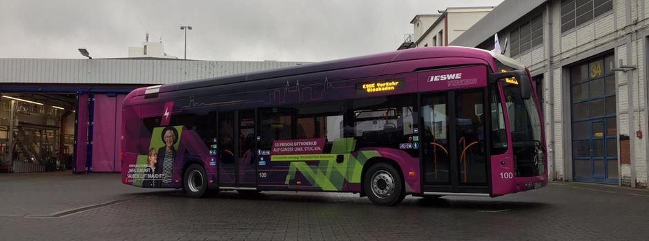 Warum tragen die Wiesbadener Elektrobusse keine E-Kennzeichen?