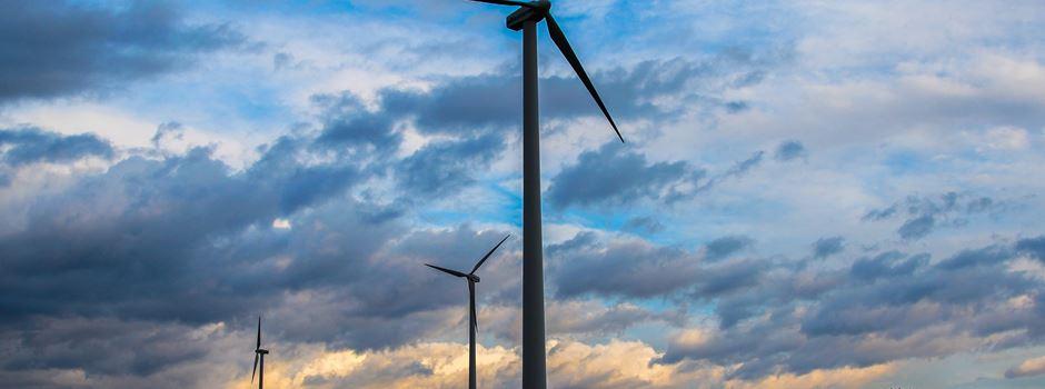 Windräder: Wie ein neues System vor Lichtverschmutzung schützen soll