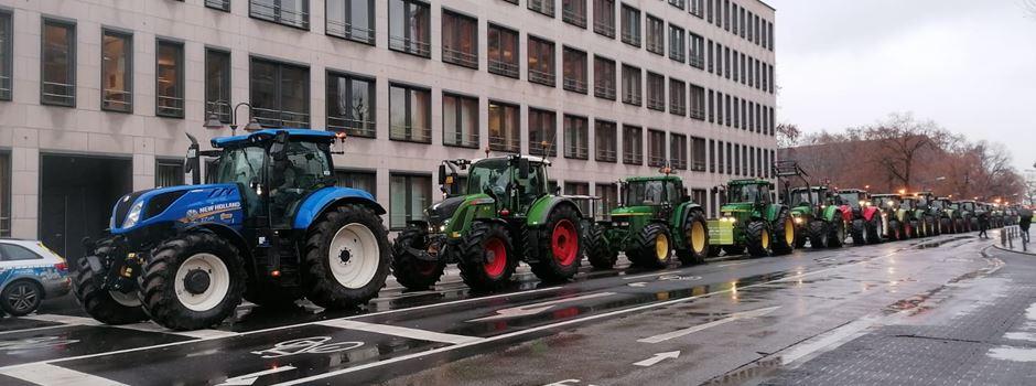 Landwirte demonstrieren mit bis zu 800 Traktoren in Mainz