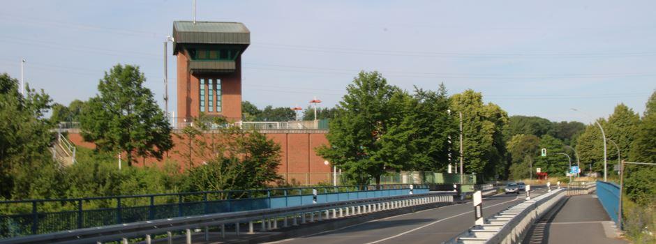Baumängel! Die Hebewerkbrücke wird wieder einseitig gesperrt