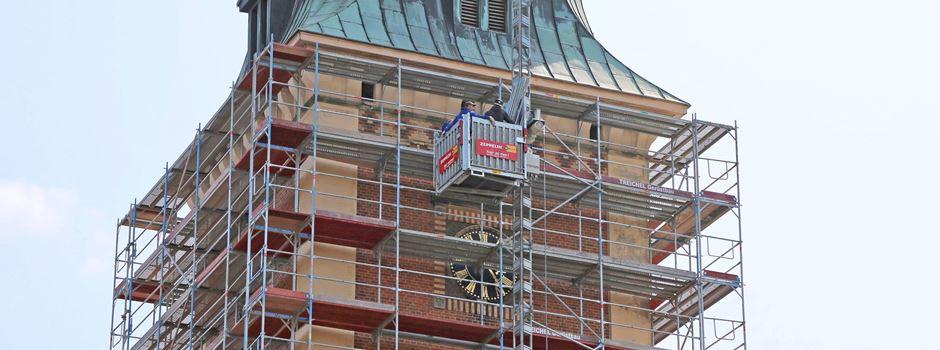 Zahn der Zeit nagt am  Turm von St. Johannis