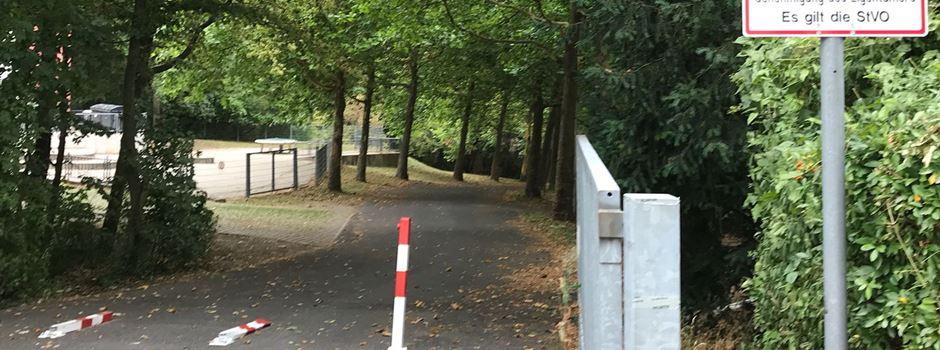 Ärger um Hundehaufen auf dem Weg zur Grundschule Lerchenberg