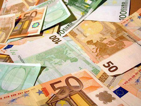 Miese Masche: Seniorin um 150.000 Euro betrogen