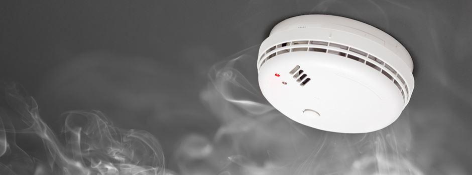 Was tun, wenn irgendwo in der Nachbarschaft ein Rauchmelder piepst?