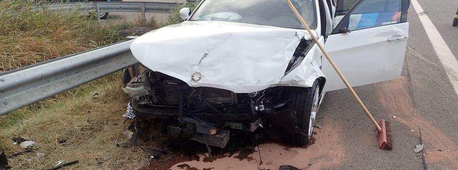 Zusammenstoß auf K40: Zwei Autofahrer verletzt