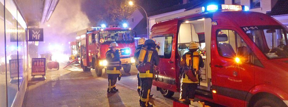 Feuer im Lager: 150.000 Euro Schaden