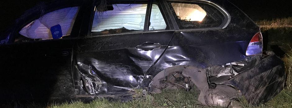 Schwerer Unfall: Auto überschlägt sich mehrfach