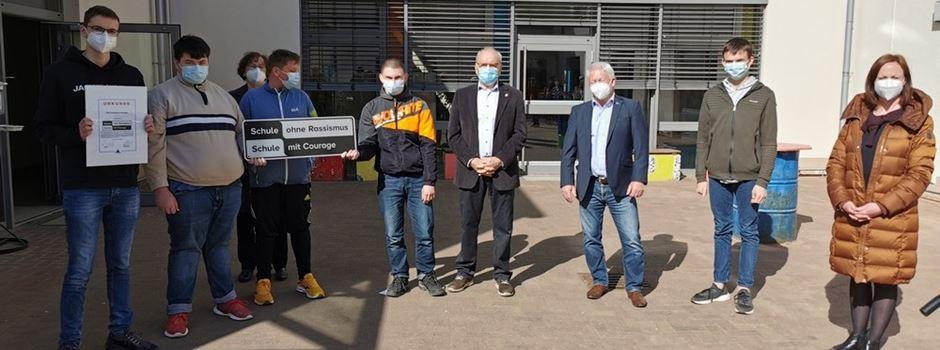 """""""Schule ohne Rassismus – Schule mit Courage"""": Oppenheims Stadtbürgermeister Walter Jertz übernimmt Patenschaft"""