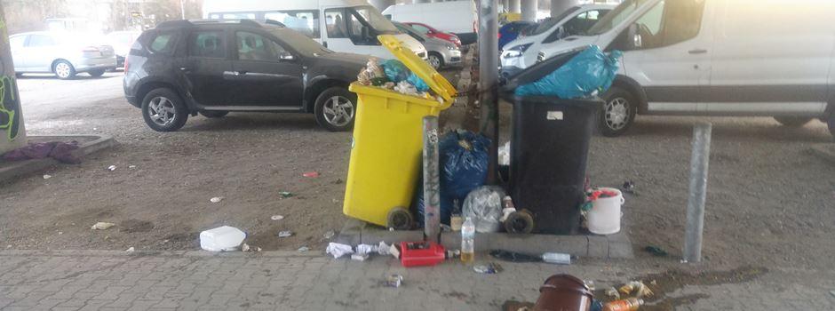 Dreck, Müll und keiner fühlt sich zuständig: Was passiert auf dem Parkplatz Kahle Mühle?