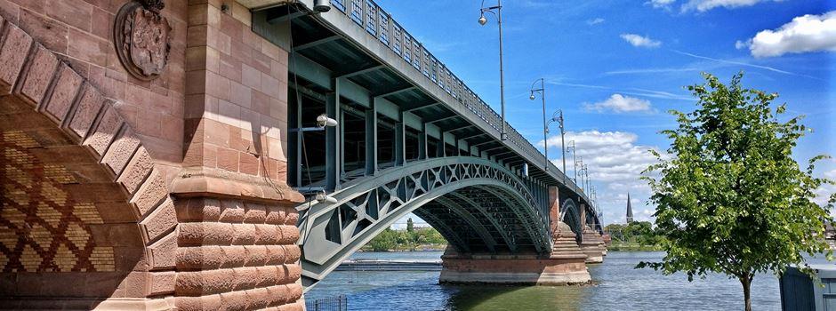 Welche Netz-Reaktionen gibt es auf die Brückensperrung?