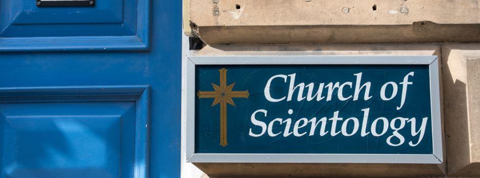 """Aufregung um """"Scientology""""-Stand vor Staatstheater"""