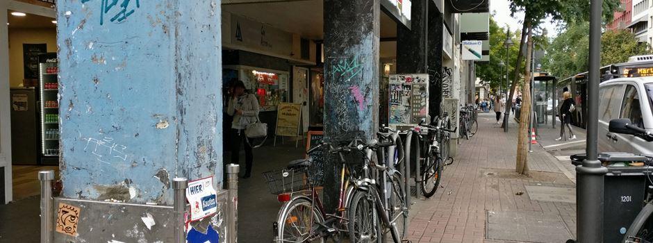 Brutale Angriffe und rassistische Beleidigung: Mann (33) auf Gewalt-Streifzug durch Mainzer Innenstadt