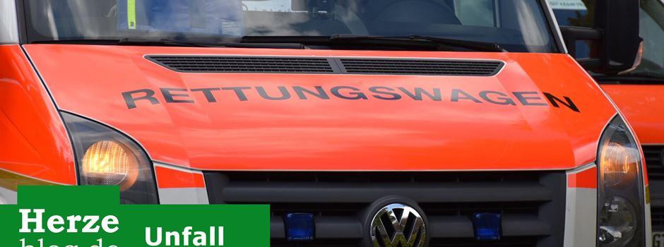 Auto überschlägt sich - 18-Jährige schwer verletzt