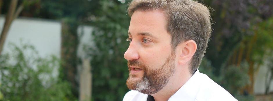 Wahlwerbung: Bürgermeister Marco Diethelm im Gespräch mit Alfred Harke.