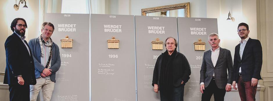 """Wiesbadener Künstler bringt sein Werk """"Werdet Brüder"""" in seine Heimatstadt"""