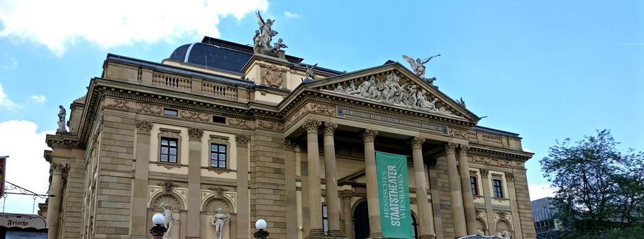 Das Staatstheater sucht 100 Handys