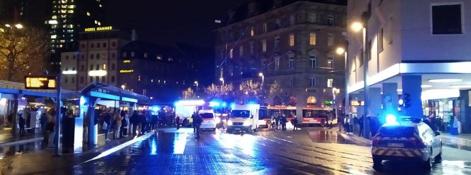 Großeinsatz am Mainzer Hauptbahnhof: Fußgängerin schwer verletzt
