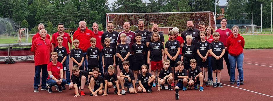 SVS-Kicker absolvieren Sportabzeichen beim Team vom MTV Soltau