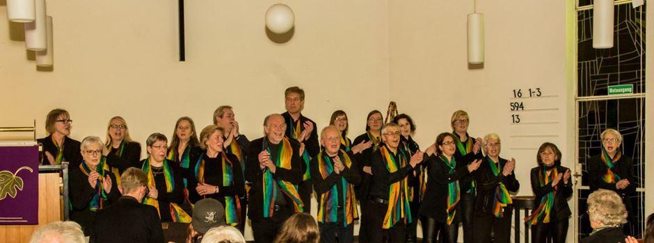 Rainbow Gospelchor begeistert in Marienfeld