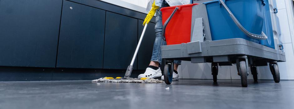 Schwarzarbeit-Razzia bei Frankfurter Reinigungsfirma
