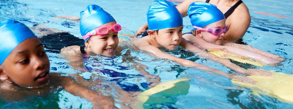 Zehntausende Kinder können wegen Corona nicht schwimmen