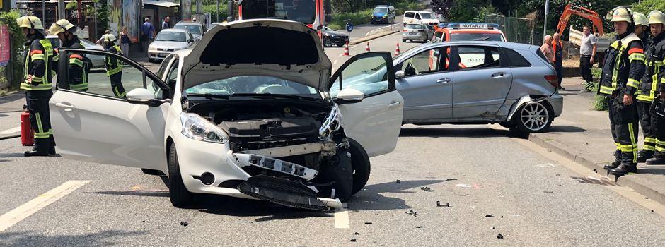 Vollsperrung nach Unfall auf Siegfriedring