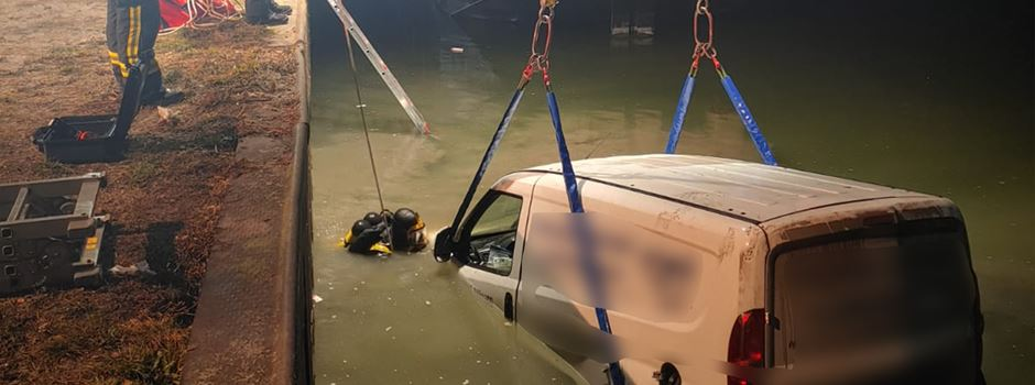 Im Kanal versenktes Auto: Zeuge hat Täter beobachtet - Familie äußert sich