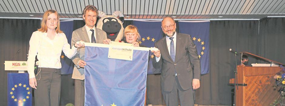 "KGS Schneverdingen ist ""Europaschule"" - Martin Schulz übernimmt Patenschaft"