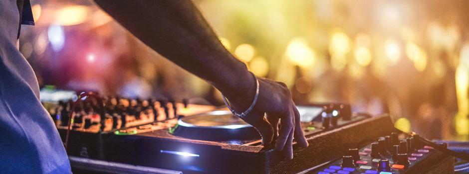 Jugendliche wollen Open-Air-Partys im Sommer
