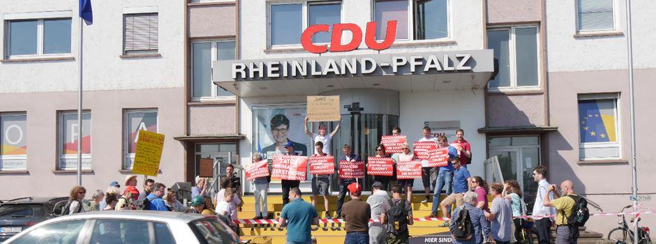 CDU-Geschäftsstelle wird zum Tatort - was ist denn da los?