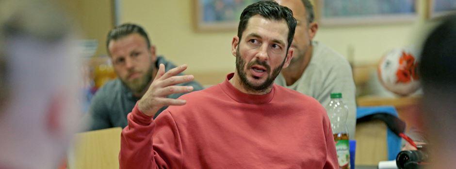 Sandro Schwarz: Bewegende Worte an junge Häftlinge