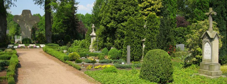 Jährliche Kontrolle des kommunalen Friedhofs Herzebrock