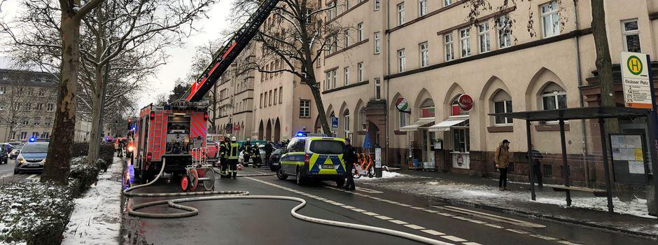 UPDATE: Kellerbrand sorgt für Großeinsatz in Klarenthaler Straße